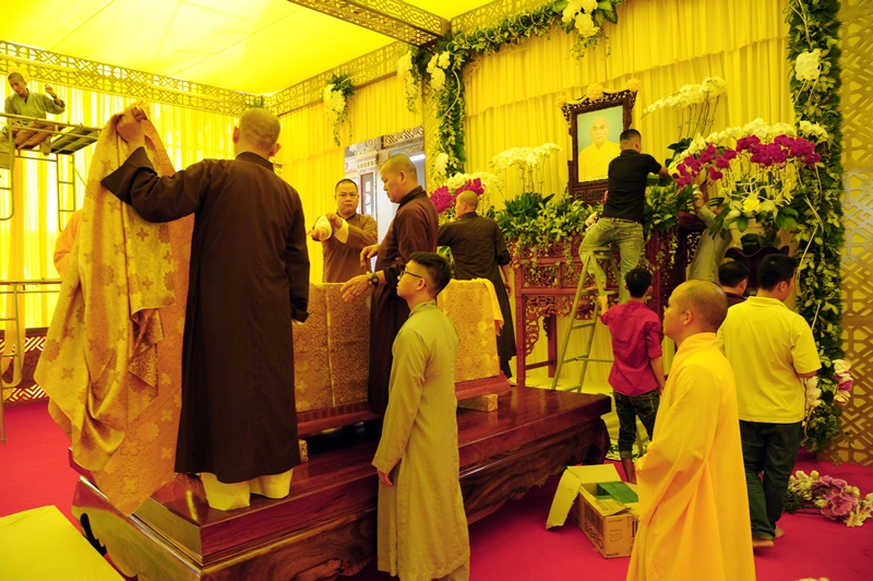 Công tác chuẩn bị tang lễ cố HT. Thích Quang Đạo