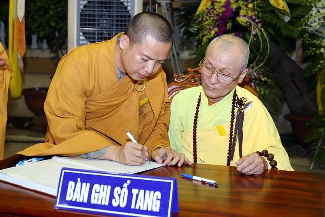 Các phái đoàn viếng tang lễ HT. Thích Quang Đạo