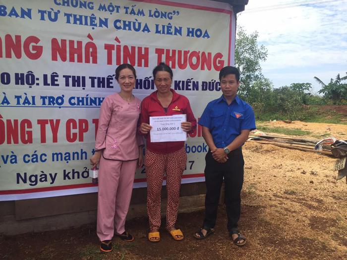 Đăk Nông: Chùa Liên Hoa trao tặng 4 căn nhà tình thương