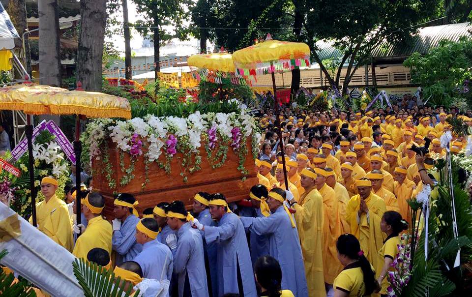 Lễ cung tống kim quan cố Hòa thượng Thích Quang Đạo nhập bảo tháp ngày 12/09/2017, (nhằm 22/7/Đinh dậu).