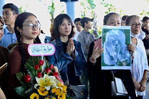 Thiền sư Thích Nhất Hạnh trở lại Việt Nam