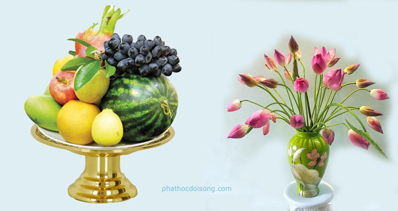 Đông hoa tây quả đặt hợp lý trên bàn thờ gia tiên