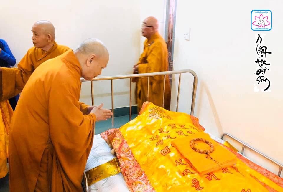Video: Lễ nhập kim quan cố HT.Thích Trí Quang tại chùa Từ Đàm