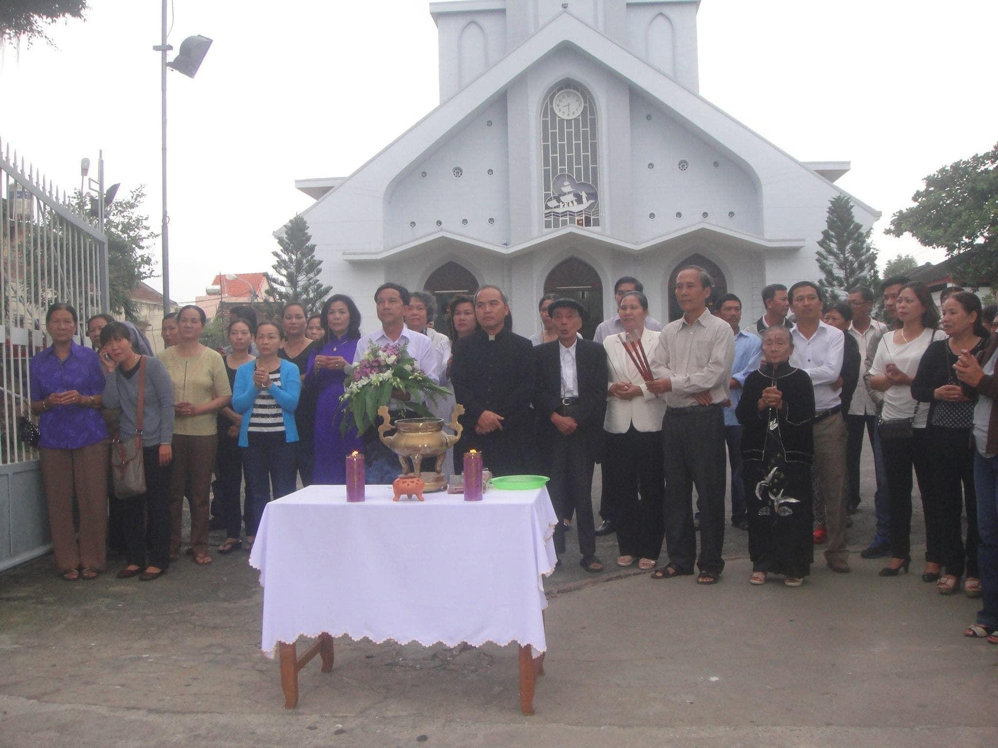 Ảnh hiếm: Cộng đoàn giáo xứ Hội An thương tiếc tiễn biệt HT.Thích Giác Tràng