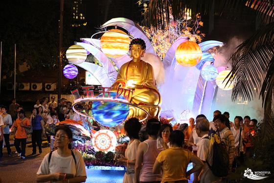 Malaysia: 12,000 người tham gia diễn hành lễ Phật Đản tại Melaka