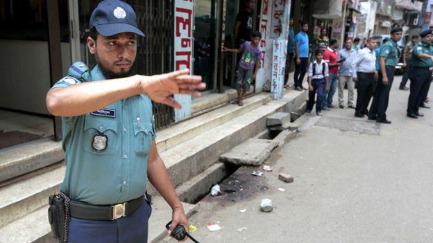 Bangladesh: Nhà sư 75 tuổi bị chém chết