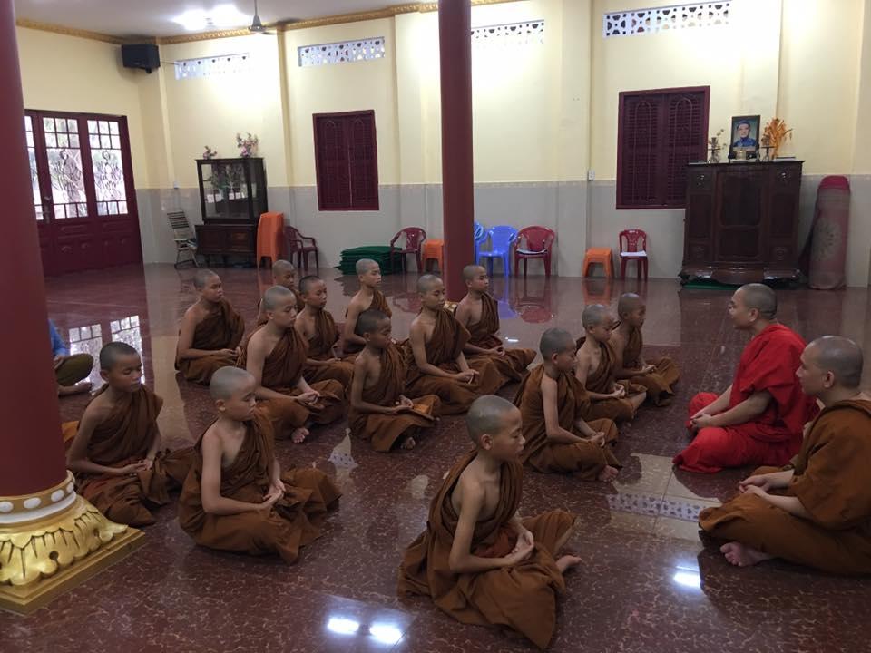 Khóa tu gieo duyên lần I cho 15 Sa-di tại Tu viện Thiện Minh
