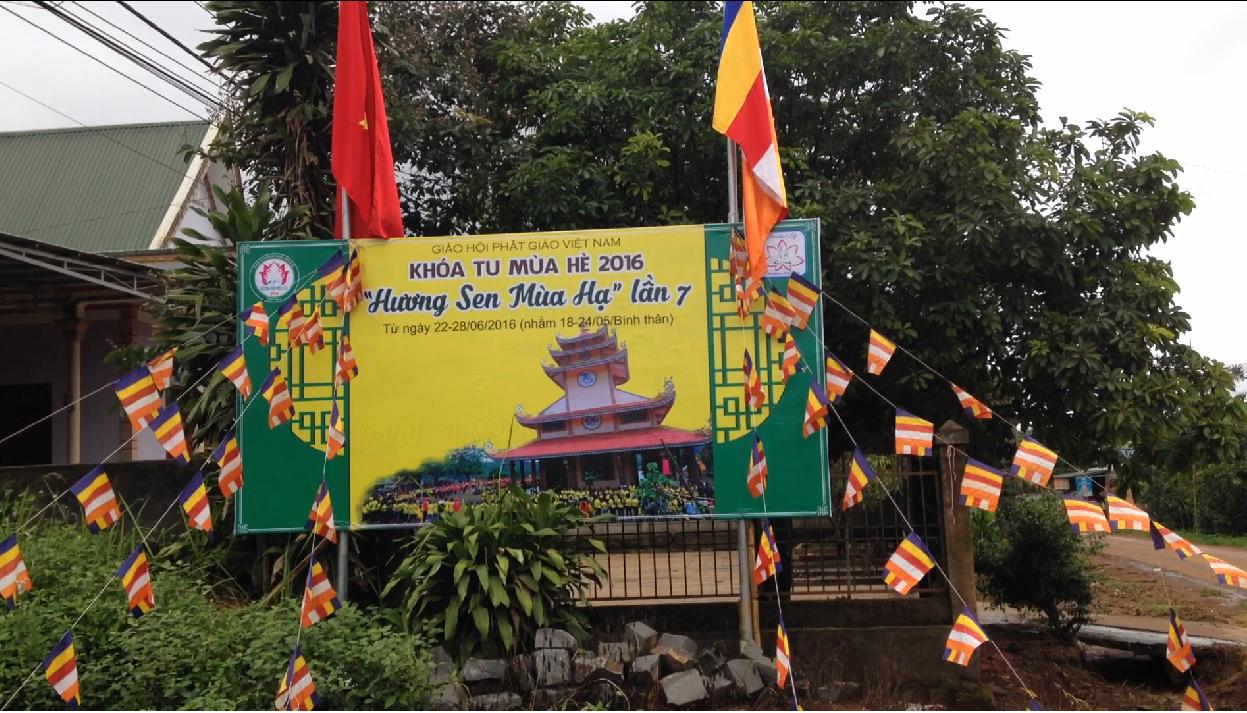 Đăk Nông: Ngày đầu khóa tu mùa hè 2016 chùa Hoa Khai
