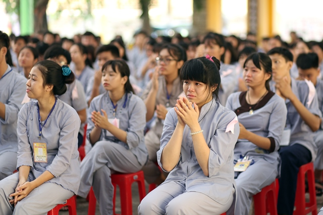 Sư cô Thích Nữ Hương Nhũ giảng khóa tu mùa hè chùa Phước Viên