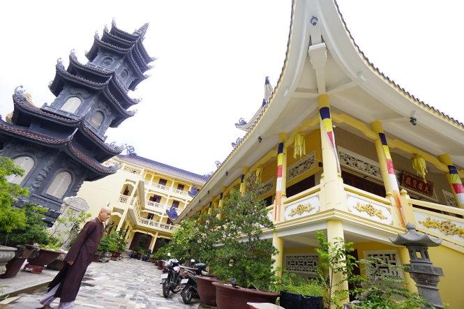 Dời chùa tới bao giờ, sạch chùa trong những dự án đô thị mới