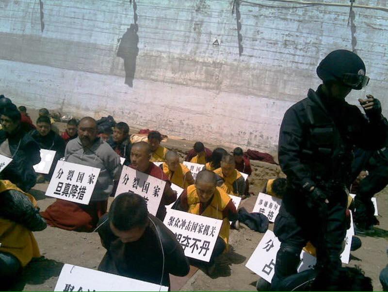 Trung Quốc đánh đập tu sĩ Phật giáo Tây Tạng