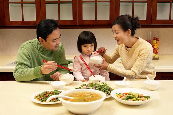 Ăn chay - ăn mặn có tạo nghiệp ác như nhau?