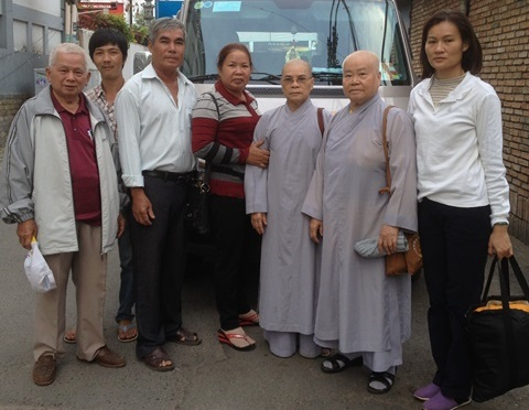 Quý Ni sư tặng 20 xe đạp cho học sinh nghèo tại Lâm Đồng