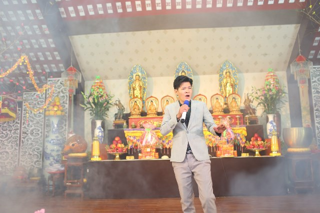 Ca sĩ Phạm Hữu