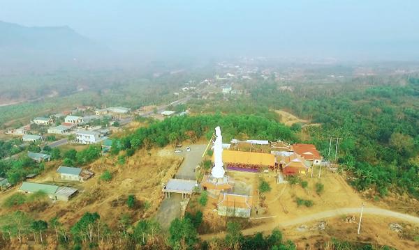 Quảng Trị: Chùa Sơn Thành tượng đài Quán Thế Âm cao 25m