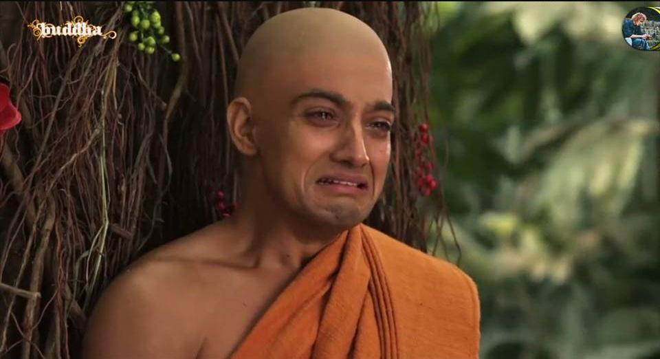 Ngài A Nan Đà đang khóc thương bậc thầy giã từ cõi Ta Bà vào vô dư Niết Bàn