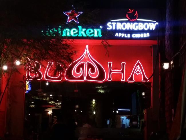 Sài Gòn: Quán rượu và thịt nướng lấy tên Buddha (Đức Phật)
