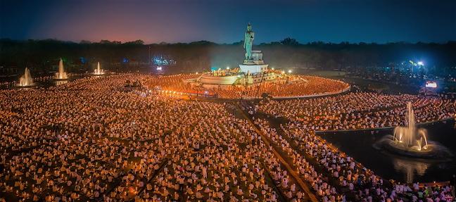Vì sao Phật giáo được bầu chọn là tôn giáo tốt nhất trên thế giới