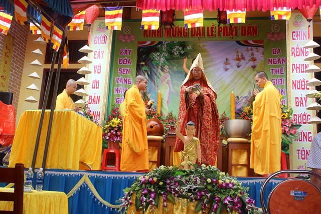 Quảng Bình: Đại lễ Phật đản BTS Phật giáo huyện Tuyên Hóa tại chùa Vĩnh Phúc