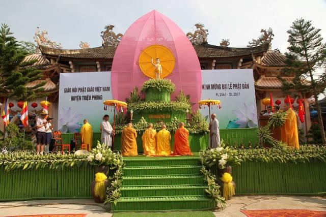 Quảng Trị: Đại lễ Phật đản huyện Triệu Phong tổ chức tại chùa Lưỡng Kim